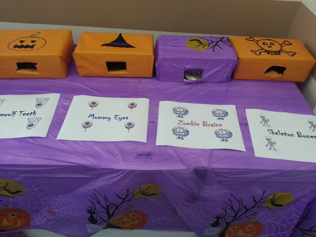 halloween mystery box ideas, what's in that box?, halloween guessing