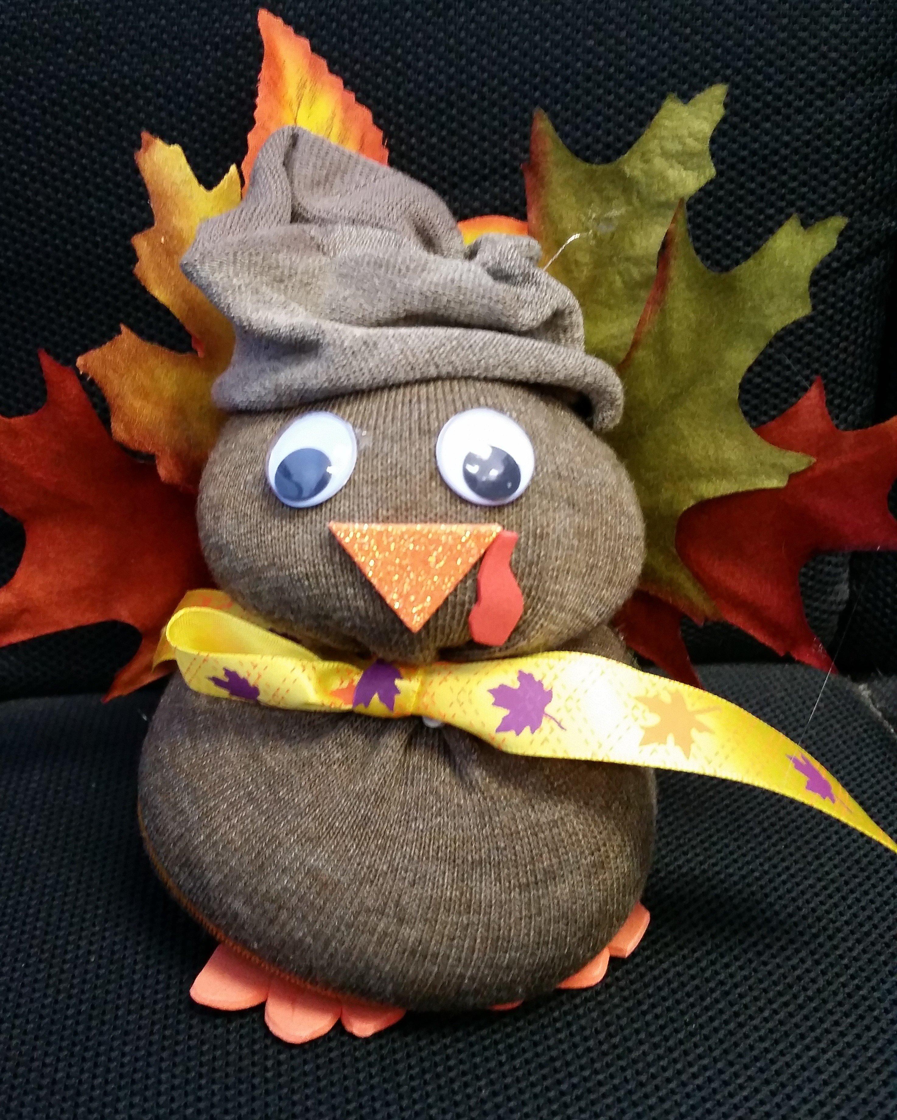 Cute Thanksgiving Craft for Kids, Easy Sock Turkey